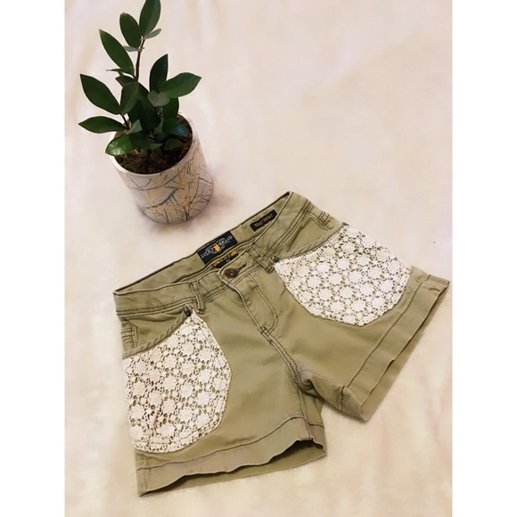 Girls lucky brand green shorts size 10
